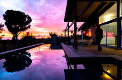Christmas Day (Chimay Bleue) Tags: california pink sunset beach pool architecture modern swimming de soleil backyard san paradise skies post pacific coucher diego palmer beam patio southern architect pk lanai modernist midcentury crepescule krisel
