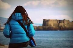 nostalgia di fronte al mare (maurizio siani) Tags: sea sky italy woman girl hair donna italia mare pentax cielo napoli naples castel ragazza capelli dellovo spalle k30