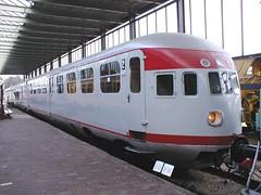 Mat'34 27(Spoorwegmuseum Utrecht 17-11-2002) (Ronnie Venhorst) Tags: 2002 train utrecht diesel zug 27 trein spoor spoorwegen nsm spoorweg maliebaan spm dmu spoorwegmuseum de3 wer