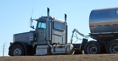 CVD Truck (Photo Nut 2011) Tags: california truck bigsur tanker cvd peterbilt