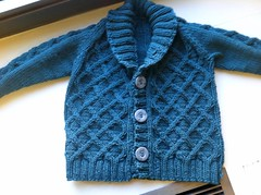 Gramps Cardigan (dccraftaholic128) Tags: merinowool cable cotton knitpicks mainline cabled cablecardigan kateoates tottoppers grampscardigan