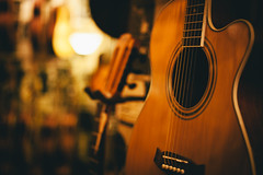 (Crusade.) Tags: uk england music macro london zeiss canon 50mm bokeh guitar fullframe makro ff planar denmarkstreet 5d2