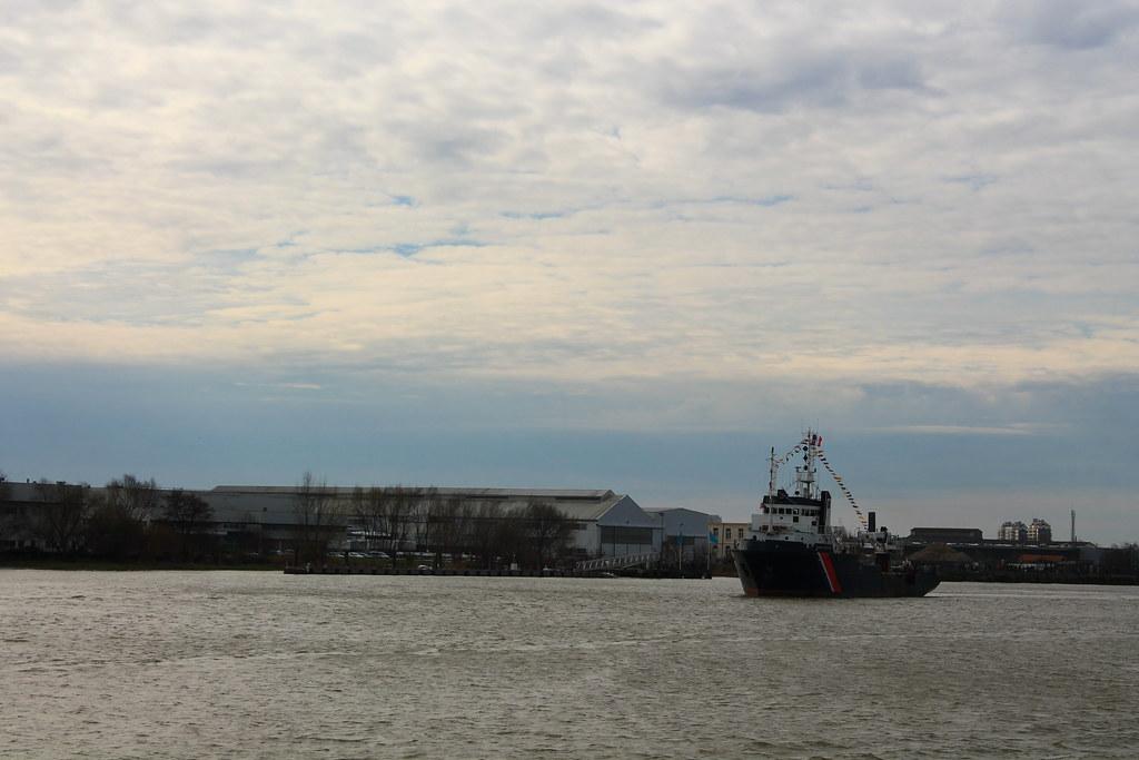 Inauguration du Pont Chaban-Delmas, à bord du Belem pour une remontée de la Garonne exceptionnelle - Bordeaux - 16 mars 2013
