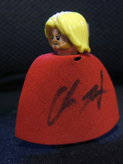 Signed Thor (Doctor Beef) Tags: lego autograph thor minifigure chrishemsworth