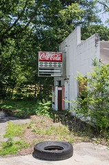 Coca Cola (jwcjr) Tags: cocacola cocacolasign sign building abandonedbuilding tire whitecounty whitecountyga