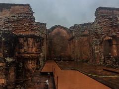 "Trinidad: les ruines de la cathédrale <a style=""margin-left:10px; font-size:0.8em;"" href=""http://www.flickr.com/photos/127723101@N04/29406263981/"" target=""_blank"">@flickr</a>"