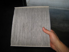 2014-2018 Jeep Cherokee A/C Cabin Air Filter - Removing, Cleaning or Replacing (paul79uf) Tags: 2014 2015 2016 2017 2018 jeep cherokee cabin air filter clean cleaning change changing replace replacing replacement guide howto diy tutorial instructions steps part number como hacer cambiar limpiar filtro location where locate glove box dashboard kick panel 1st first generation