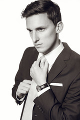 Stefan (STEFFEN EGLY) Tags: man fashion tie business shooting neat suite strobe krawatte anzug schick strobist