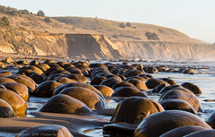 At Bowling Ball Beach (Images by John 'K') Tags: california nikon mendocinocoast bowlingballbeach johnk d600 schoonergulch nikond600 howardcreekranch johnkrzesinski randomok