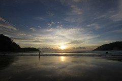 (paologallo) Tags: trip sunset sea sun beach asian thailand monkey islands photo asia mare foto urlaub tramonti fotografia phuket viaggi isole paologallo