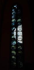 Gérard Lardeur, 1931-2002, vitrail, 1984, de l'église Saint-Thomas de Strasbourg (Quentin Verwaerde) Tags: moon lune death thomas mort pastel stainedglass vitrail eternity height saintthomas hauteur saxe solemnity élan éternité lardeur solennité verwaerde quentinverwaerde