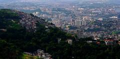 Vista do Mirante Dona Marta (Holanda R.) Tags: santa rio de janeiro contraste marta mirante favela zona slum norte dona 1755 photomatix hdr3 60d