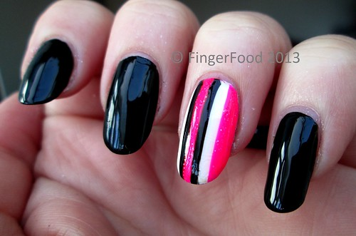 Striped Accent nail by FingerFood