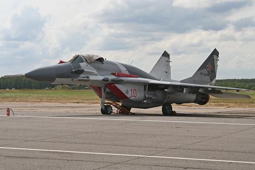 Mikoyan MiG-29SMT Fulcrum 'RF-92930 / 10 red'