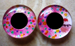 "Handpainted Blythe Eyechips - Little Pictures ""Pink Cupcake"""