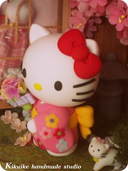 Hello Kitty { sakura doll-house (charles fukuyama) Tags: wood flower cute cat miniature handmade hellokitty kitty sakura kimono artdoll lovely custom dollhouse sculpted headdress claydoll kikuike