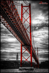 Lisbon bridge (_Hadock_) Tags: bridge windows wallpaper bw white black verde blanco apple portugal rio river out de puente golden nikon gate san francisco ipod y pareja cut 5 lisboa lisbon background pair 4 negro abril creative 7 8 commons mini screen bn full seven 25 xp april vista hd ocho tamron 18200 eight fondo pantalla siete iphone saver ipad walpaper erd d80 comons