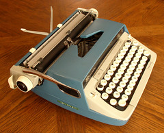 TwSCMGalaxie12Blue46_650px (M.Hhne) Tags: typewriter manual scm smithcorona galaxietwelve galaxie12