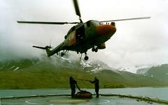 Lynx HMS Endurance 1989 (thulobaba) Tags: chopper helicopter southgeorgia load endurance westland lynx heli rn hms royalnavy 435 helideck underslung