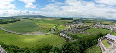 Stirling Castle panorama (Sebastian Fuss) Tags: street city panorama green castle landscape dorf village stirling unter lowlands land below grn schloss landschaft unten burg flach festung lowland unterhalb