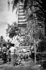 Cremation preparation (7) (Tastwo) Tags: bw bali public analog indonesia grey pagoda bade ceremony documentary sarcophagus 23 1990 cremation copyrighted ngaben documentaryphotography wadah cremationtower tastwo tastwophotography tastwophotographycom