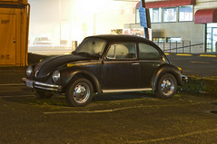 Volkswagen Beetle (Curtis Gregory Perry) Tags: 1969 wet car rain vw night oregon volkswagen restaurant 1971 nikon automobile long exposure beetle jr eugene but 1970 1968 carls d300 worldcars
