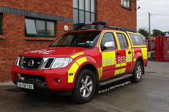 Carlow Fire & Rescue Service / Charlie Whiskey 11 Juliet 1 / 12 CW 135 / Nissan Navara / L4V (Nick 999) Tags: blue rescue station fire lights call nissan visit 11 led vehicle cw leds service 12 135 emergency firefighters j1 999 fbs sirens carlow lightbar navara l4v