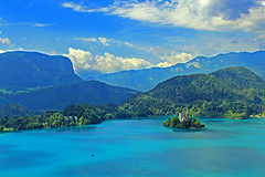 Lake Bled, Slovenia (younglyonss) Tags: beauty slovenia bled lakebled julianalps islandchurch beautifullake flickrsfinestimages1 flickrsfinestimages2
