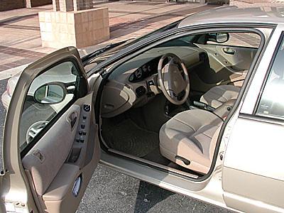 car automobile 1999 vehicle dodge stratus
