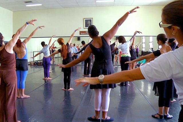 Royal Ballet workshop in Rio de Janeiro, Brazil © Luiz Guilherme Guerreiro, 2013
