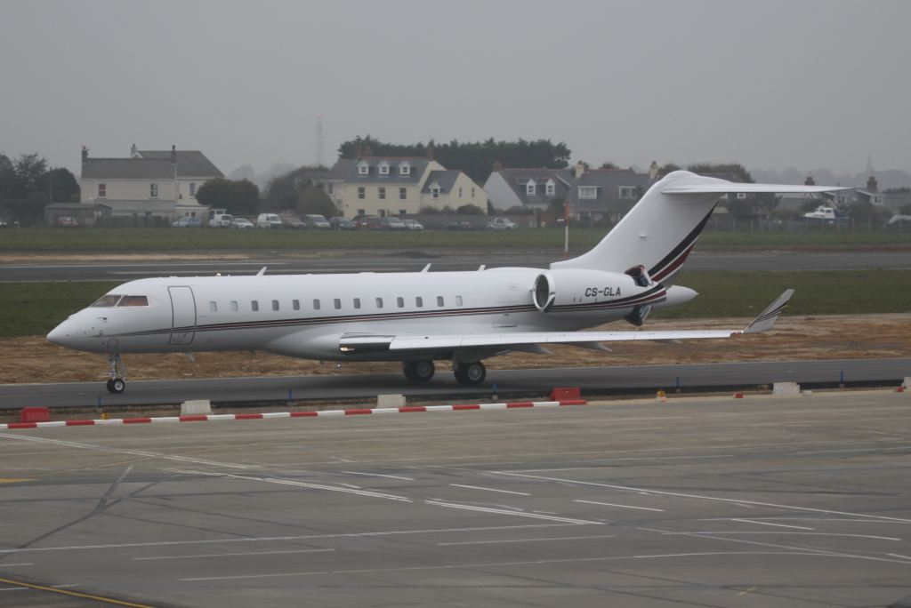 CS-GLA (NetJets Europe)