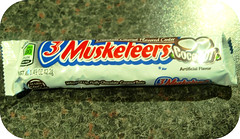 3 Musketeers Coconu (LotOChoc) Tags: candy sweet coconut chocolate nougat whipped milkyway 3musketeers milkchocolate americanchocolate yankeepop