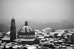 Gattinara Under the Snow (Stefano.Minella) Tags: city snow last photoshop canon eos during photo with shot post  under piemonte 7d l production usm biella ef f4 41 stefano lightroom 70200mm vercelli valsesia minella novara cs6 gattinara 2013 a snowfallmy