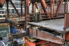 SKSmedia-IMG_8841_2_3 (SKSchicago) Tags: old city bridge chicago canon construction cut steel wells 7d chicagoriver sks oldsection chicagoriverbridge moveablebridge wellsstbridge sksmedia sksmediacom
