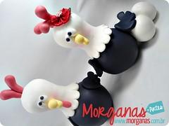 Galinhas (Andréia Morganas) Tags: party cake galinha biscuit festa aniversário pintinho fazenda galinhas fazendinha galinhadangola ovelha pintinhos toper portadoces