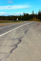 Richardson Highway North (neukomment) Tags: august alaska canont5i copperriver wrangellmountianrange sky mountians