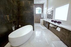 SNOW WHITE MARBLE TILE POLISHED (8)