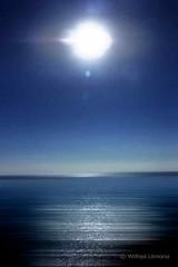 Marina azul F00542 (Wifred Llimona) Tags: paisajesnaturales mar azules landscapes wifredllimona lallimonafoto sol aire libre ocano agua airelibre