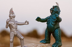 (zilladon) Tags: kaiju japanesetoys windam japanesemonsters gomess