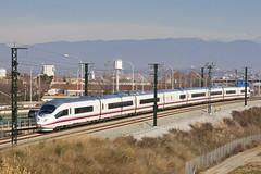 AVE Figueres-Madrid (Escursso) Tags: barcelona tren spain siemens ave 103 renfe molletdelvallès