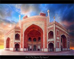 Whats The Meaning Of Happiness? (Viga Versa Photography) Tags: old sunset panorama india architecture photography vibrant royal sunny hdr newdelhi culturalheritage mughal humayuntomb canon550d