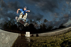 David Morefield - Front Shuv (Stephen Oliveira) Tags: skateboarding nikond70 titusvilleflorida frontshuv stephenoliveira davidmorefield iamskateboards