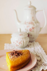 The Particular Sadness of Lemon Cake (Laura Ascari) Tags: pink food cake 35mm lemon nikon dish tea torta purslane t porcellana foodstyling lauraascari