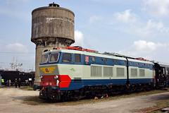FS E656 001 (Maurizio Boi) Tags: old railroad classic train vintage antique rail railway oldtimer locomotive treno fs vecchio ferrovia locomotiva e656 caimano milanosmistamento