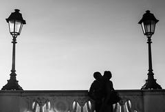 Amor na praa (Amanda Oliveira -) Tags: pordosol brasil cores cotidiano pb bahia salvador fotografia casal pelourinho fotografa fotografiadocumental amandaoliveira 26032013 amandaoliveirafotografia amandaoliveirafotgrafa