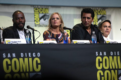 Colman Domingo, Kim Dickens, Cliff Curtis & Frank Dillane (Gage Skidmore) Tags: dave erickson alpert greg nicotero robert kirkman gale anne hurd colman domingo kim dickens cliff curtis frank dillane mercedes mason alycia debnam carey lorenzo james henrie danay garcia fear walking dead amc san diego comic con international california convention center