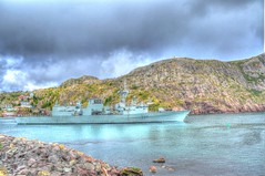 HMCS Fredericton enters the Narrows (Ross A Craig) Tags: stjohnsnewfoundland canadian navy united states hmcs fredericton athabaskan signal hill
