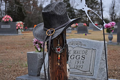Hang Your Hat (BKHagar *Kim*) Tags: cemetery graveyard hat boot al cowboy alabama anderson western marker mitchellcemetery bkhagar darrellwaynelong