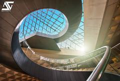 Curve (A.G. Photographe) Tags: paris france french nikon europe stair louvre ag flare capitale nikkor curve pyramide escalier hdr parisian anto d800 courbe xiii parisien 1424 antoxiii agphotographe