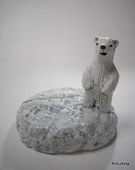 memoholder (danahaneunjeong) Tags: bear ceramic polarbear polar memoholder